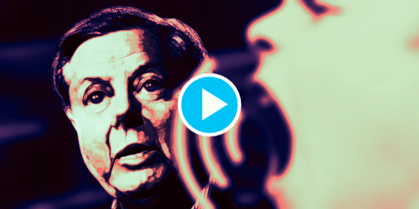 Lindsey Graham gets called a traitor by concerned citizens at Reagan International Airport…